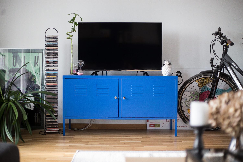 Na salonach, czyli nasz pokój dzienny po roku. Nowe meble, nowe kolory i inne niespodzianki